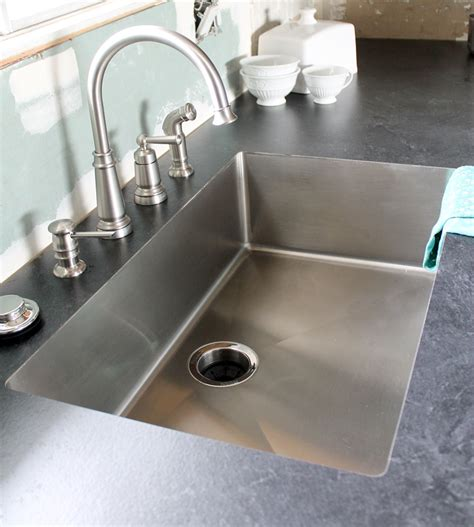 Laminate Countertops Undermount Sink by The Craft Patch An Undermount Sink In Laminate Countertops