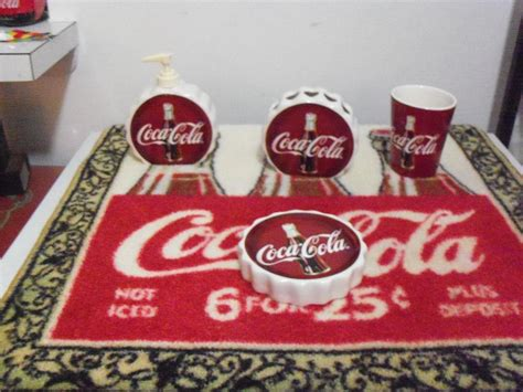 coca cola rug 4 pc ago retired designed coca cola bathroom accessorie lot rug 25x25