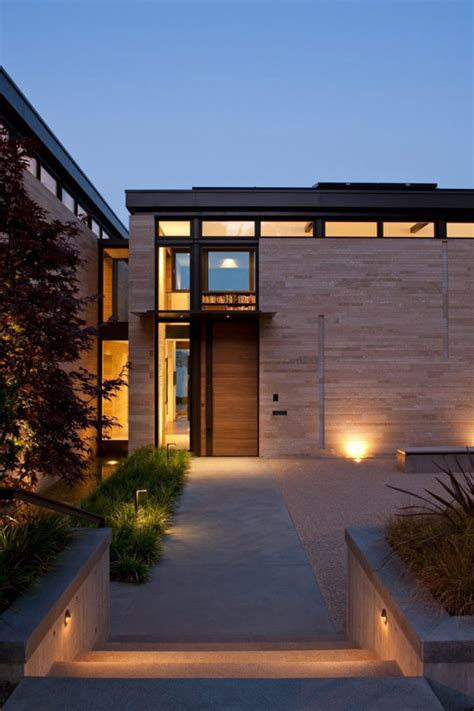 home entrance washington park hilltop residence incorporates fluid form