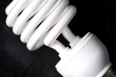 safe disposal of cfl light bulbs how to dispose of a cfl bulb hunker