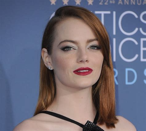 emma stone instagram real emma stone is so over quot perfect quot instagram posts and she