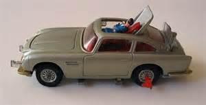 Corgi Aston Martin Db5 Goldfinger Bond Bond Earthriderdotcom