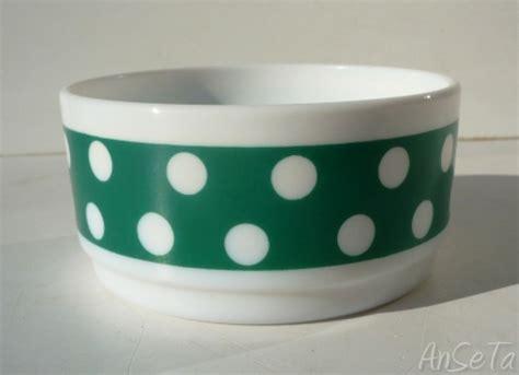 dot pattern in french arcopal france polka dot pattern a pois