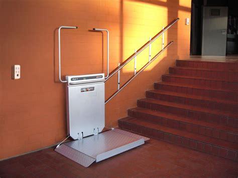 pedane per disabili prezzi montascale per disabili porta carrozzina usato revisionato