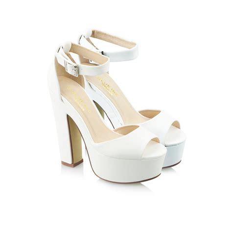 white heels sandals white thick heels fs heel