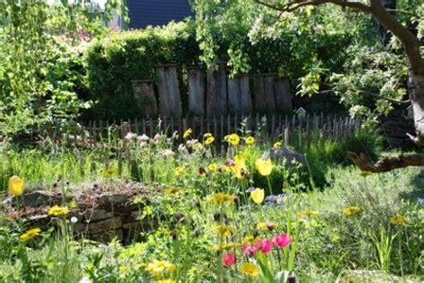 Garten Gestalten Bewerben by Naturgartenwettbewerb Sch 246 Nheit Des Eigenen Gartens
