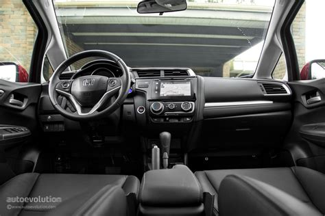 honda fit 2015 interior 2015 honda fit wallpapers fit for a subcompact king