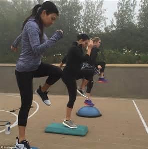 kim kardashian daily mail diet kourtney kardashian shed pounds on organic diet with yoga