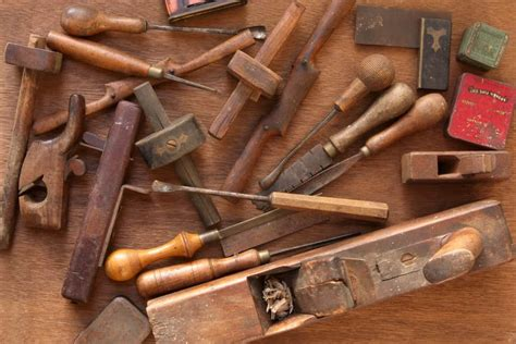 types  finishing carpentry tools