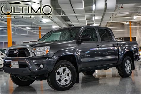 Pre Owned Toyota Tacoma Pre Owned 2014 Toyota Tacoma Truck Near Hinsdale