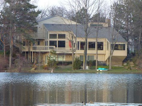 west bloomfield lake west bloomfield lakefront real estate mi
