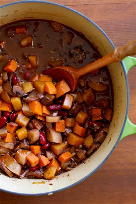 warmly spiced butternut squash and root vegetable chili - Is Butternut Squash A Root Vegetable