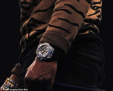 mayweather watch floyd mayweather flaunts 1 4m watch at conor mcgregor