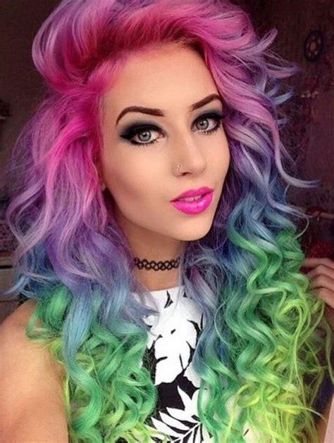 gothic girl with bright red hair 17 cool halloween техника шатуш 16 модных вариантов окрашивания волос в