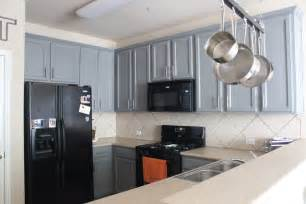 kitchen ideas with black appliances kitchen kitchen color ideas with oak cabinets and black appliances mudroom kitchen tropical