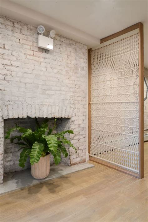 room dividing screens 31 functional and decorative screen room dividers digsdigs
