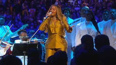 beyonce performs tribute  kobe memorial
