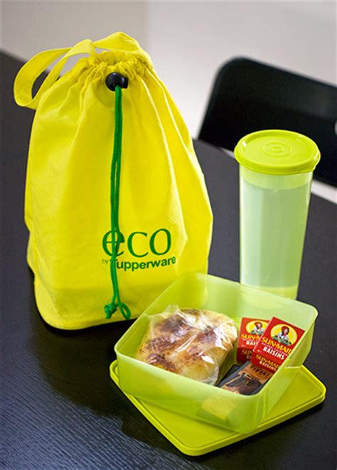 Tupperware Sausage Keeper And Snack Buddy Set tupperware eco set