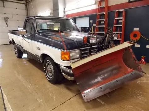 purchase   ford  xl wsnow plow ta