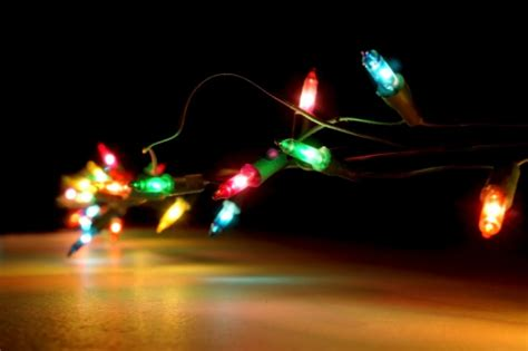 commercial christmas decorations incandescent vs led