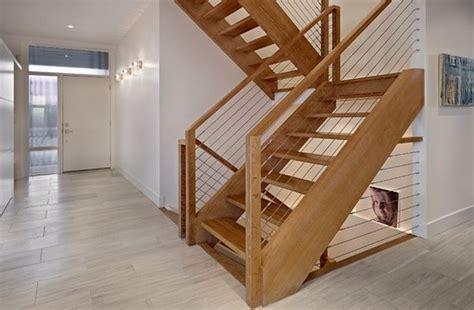 Charmant La Decoration Interieure Des Maisons #4: escalier-maison-bois-moderne.jpg