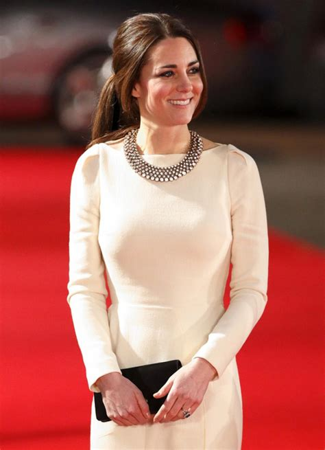 see kate middleton s 35 necklace from zara ny daily news