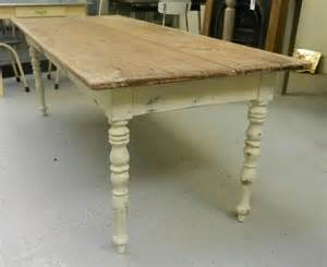 Farmhouse Kitchen Tables For Sale Salvoweb Pine Farmhouse Kitchen Table