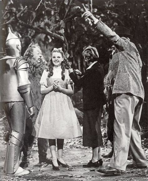 themes in the wizard of oz film 666 best wizard of oz theme party images on pinterest