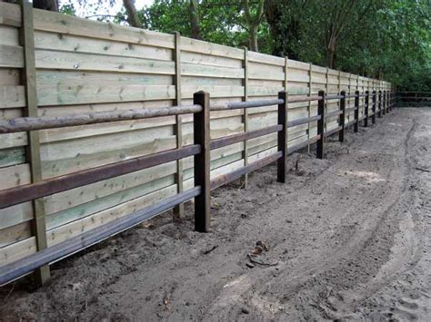 recinzioni in legno per giardini prezzi staccionata in legno per giardino prezzi idea di casa