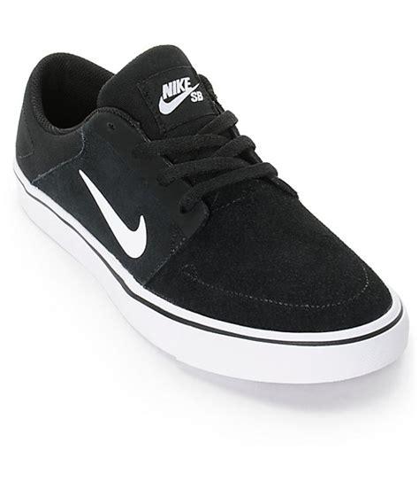 nike sb portmore black white boys skate shoes zumiez