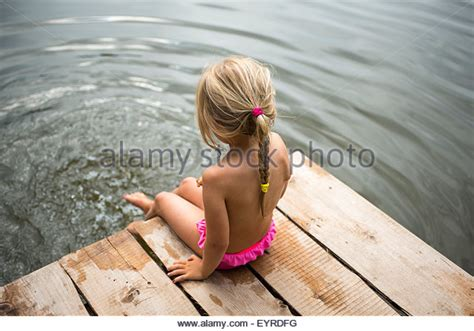 feet preteen preteen girl beach stock photos preteen girl beach stock