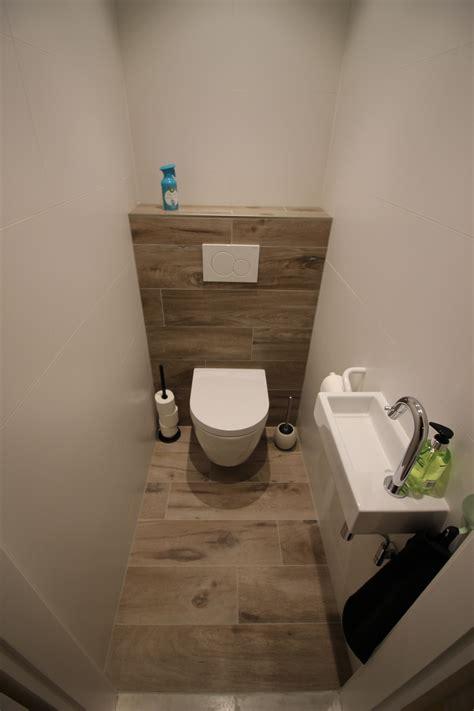 tegels houtlook wc toilet in houtlook parketlook toilet pinterest