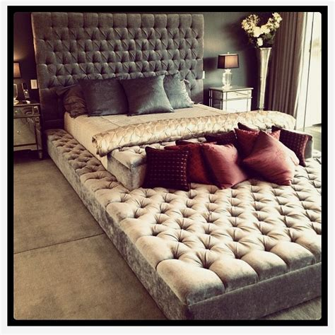 Large Futon Beds by 17 Best Images About Big Bed For Me On Stables
