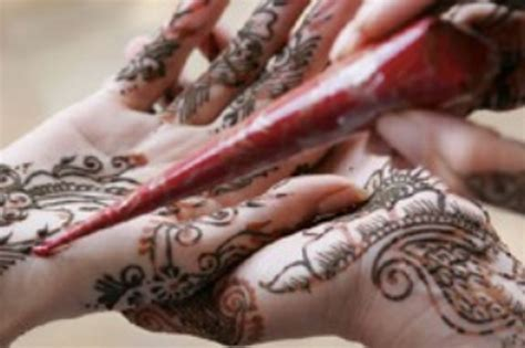 artists booking agency henna artist dubai