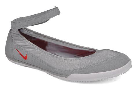 Nike Slipon Balet nike wmns nike tenkay slip ballet pumps in grey at sarenza co uk 60923