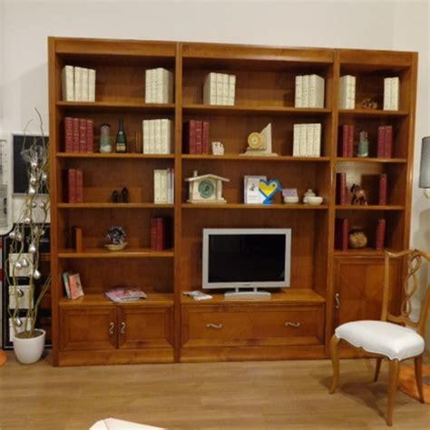 librerie in ciliegio offerta libreria in ciliegio soggiorni a prezzi scontati