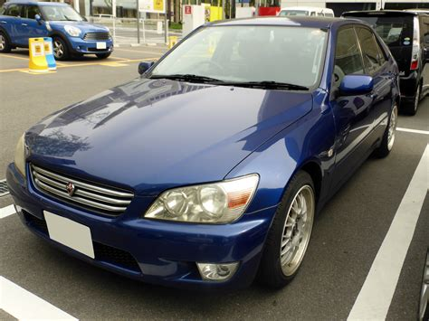 toyota altezza rs200 file toyota altezza rs200 sxe10 front jpg wikimedia