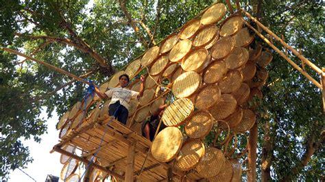 bamboo design indonesia budi pradono architects weaves treehouse with bamboo modules