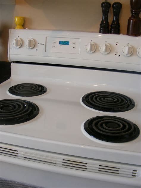 kitchen tips   clean stove grates