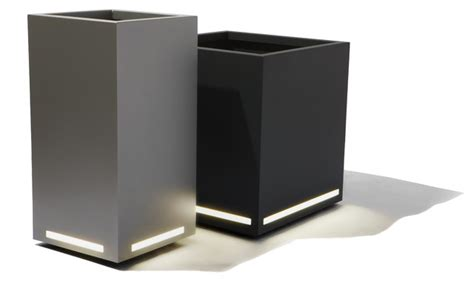 Outdoor Planter Lights by Led Planter Modern Outdoor Lighting Other Metro By