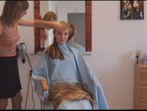 girl in barber chair women in barber chairs short hairstyle 2013