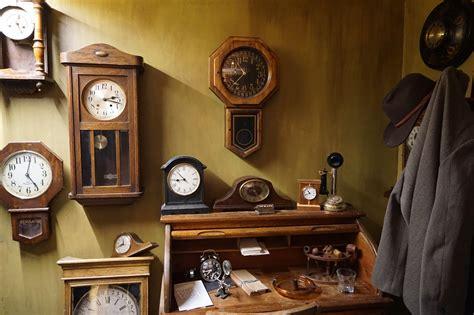 clock shop taking a time machine to 1920 s san francisco broke ass