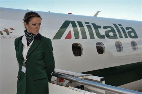 quanto guadagna un coadiutore d italia quanto guadagna assistente di volo alitalia donne magazine