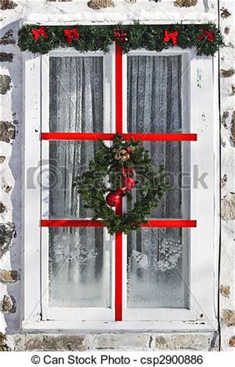 Weihnachtsdeko Fenster Stock by Stock Bild Fenster Weihnachten Dekoriert Fenster