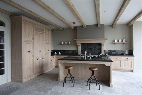 houten vloer 2e hands badkamers 2e hands 2 idee houten keukenkast piz zapp