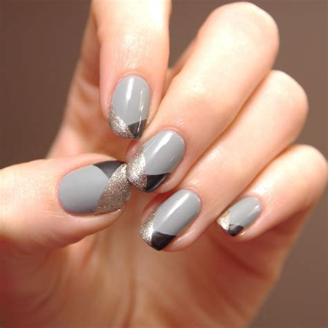 grey pattern nails grey black and gold nails pinterest