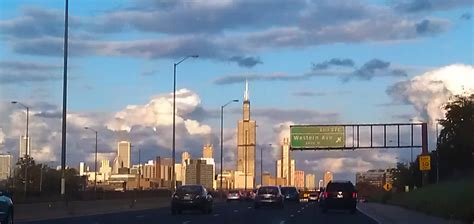 Chicago Illinois Search Chicago Il Chicago Skyline Chicago Real Estate Featuring The Most Elite Unique