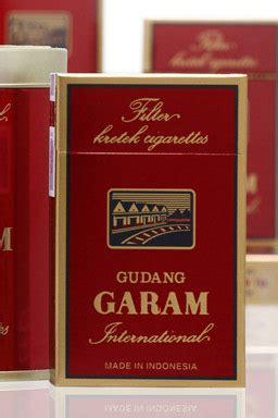 Gudang Garam International Premium Filter Cigarettes Isi 12 Pcs rokok gudang garam cv artha indo sentosa