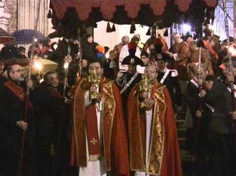 sacri vasi processione sacri vasi 2013