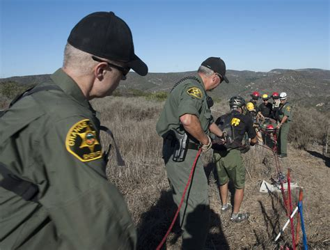 Orange County Records Database The Badge Ocsd Search Rescue Unit Keeps Skills Sharp At Mock Hiker Rescue